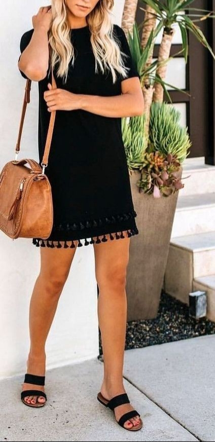 Pretty Casual Summer Outfits Ideas For Women
