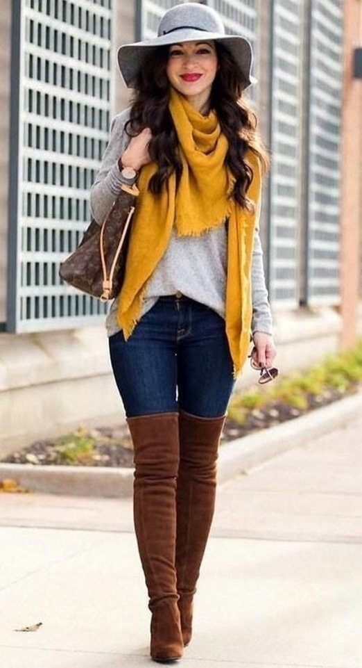 15 Cute Fall Outfits with Sweaters