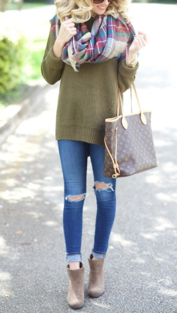 Amazing scarf Outfits Ideas for women