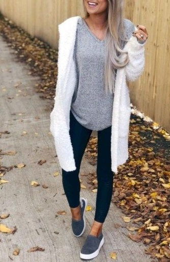35 Best Cardigan Outfits to Wear This Season